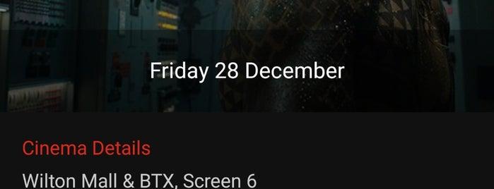Bow Tie Cinemas is one of Posti che sono piaciuti a Nicholas.
