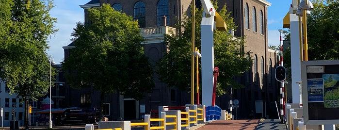 Pelikaanbrug (Brug 277) is one of Amsterdam.