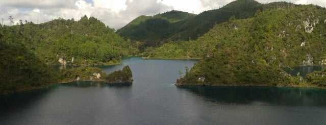 Lagunas de Montebello, Parque Nacional is one of Locais curtidos por Stephan.