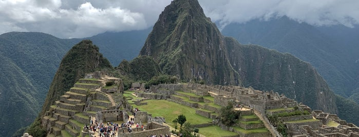 Montaña Machupicchu is one of Locais curtidos por Ross.