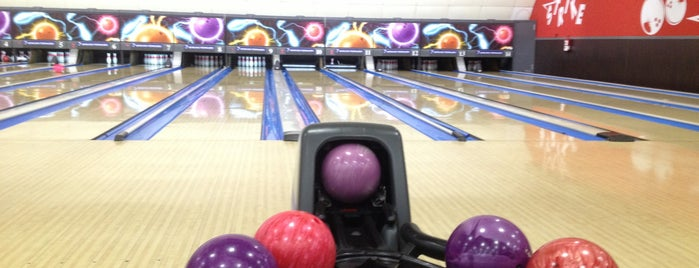 Bowling Pedralbes is one of Angels 님이 좋아한 장소.