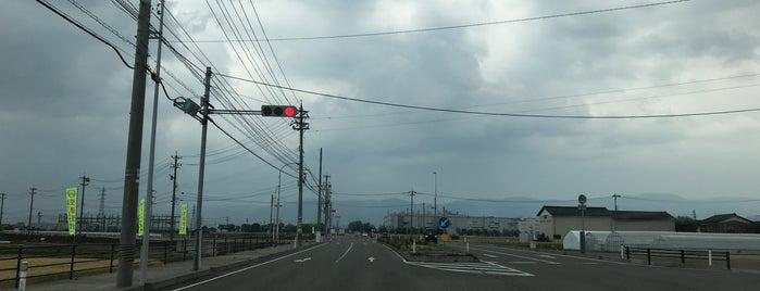 下先出交差点 is one of 交差点@石川県能美郡川北町.