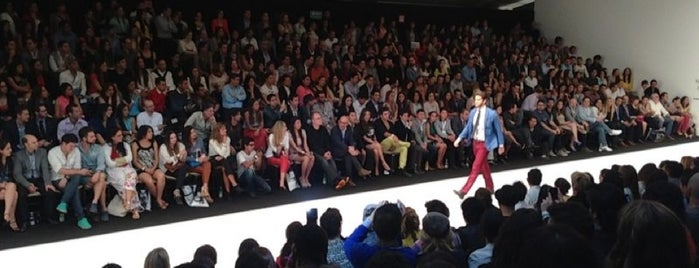 Fashion Week México #MBFWMx is one of Matiasさんのお気に入りスポット.