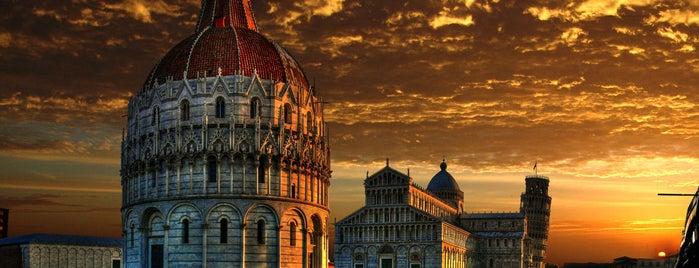 Pisa is one of Mercatini di Natale.