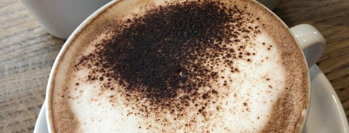 Caffè Nero is one of Sergio M. 🇲🇽🇧🇷🇱🇷 님이 좋아한 장소.
