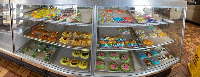 Haby's Alsatian Bakery is one of Posti che sono piaciuti a Janiejaner.