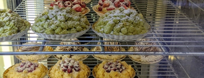 La Deliziosa Pasticceria is one of Roma To Do.
