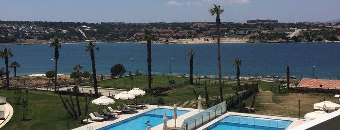 Casa de Playa Hotel is one of Orte, die ... gefallen.
