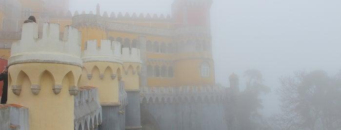 Palácio da Pena is one of Lugares favoritos de Amit.