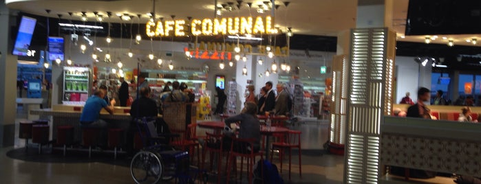 Cafe Comunal is one of Posti che sono piaciuti a Amit.
