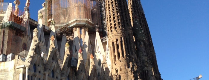 Sagrada Família is one of Tempat yang Disukai Amit.