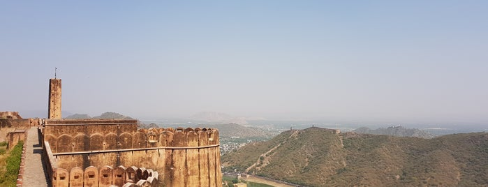 Jaigarh Fort is one of Lugares favoritos de Amit.