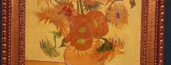 Museo Van Gogh is one of Lugares favoritos de Amit.