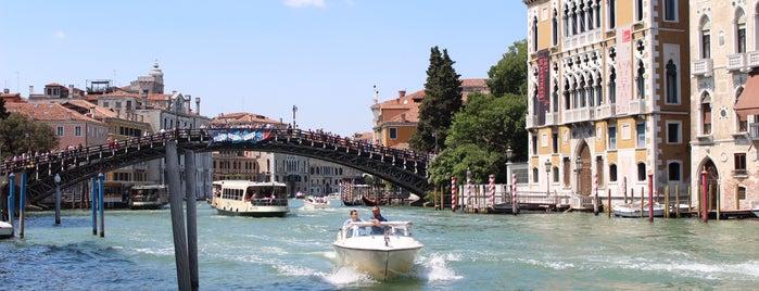 Canal Grande is one of Tempat yang Disukai Amit.