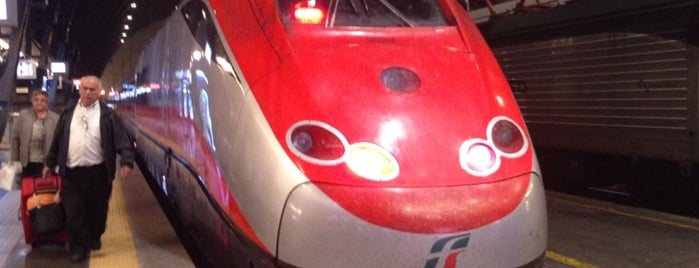 Stazione Milano Centrale is one of Posti che sono piaciuti a Amit.