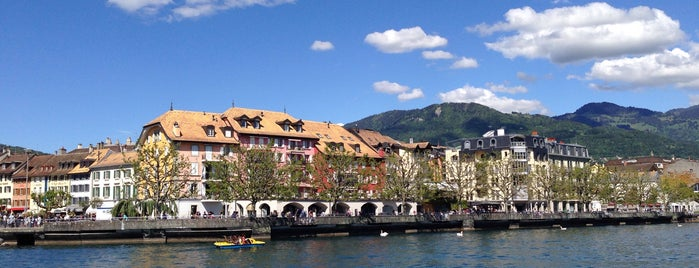 Montreux CGN is one of Lugares favoritos de Amit.