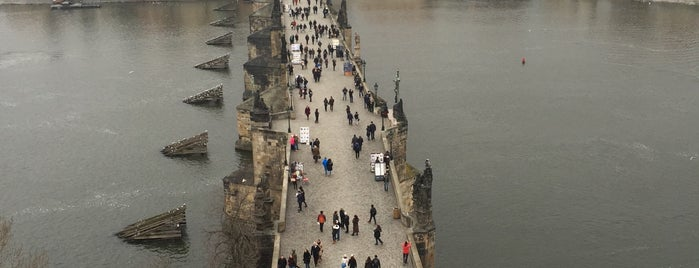 Karlův most | Charles Bridge is one of สถานที่ที่ Igor ถูกใจ.