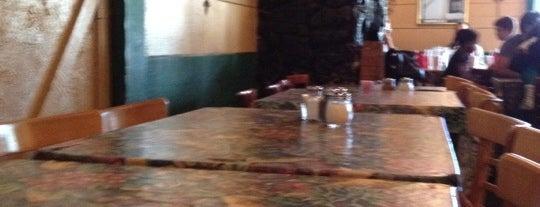 Paoli's Neighborhood Italian Restaurant is one of Big Bear Lake (Anti-Zombie Survival).