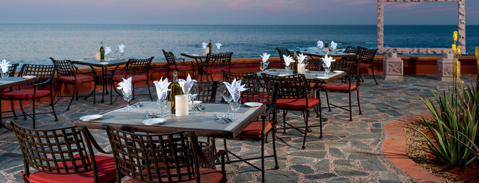 Pitahayas Restaurant is one of Los Cabos.