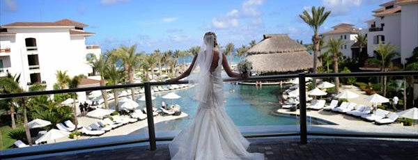 Cabo Azul Resort is one of 34 stunning locations to tie the knot in Cabo..