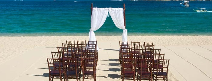 Pueblo Bonito Sunset Beach Resort & Spa is one of 34 stunning locations to tie the knot in Cabo..