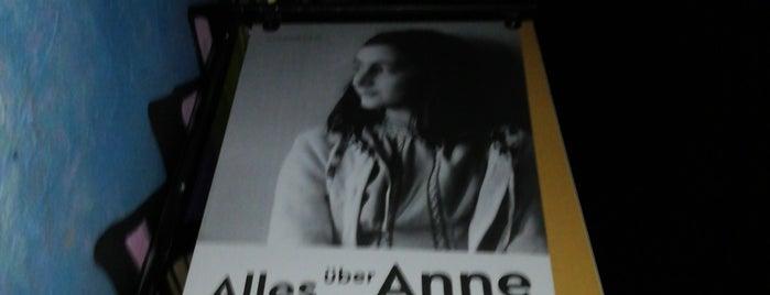 Anne Frank Zentrum is one of Tempat yang Disimpan Lauma.