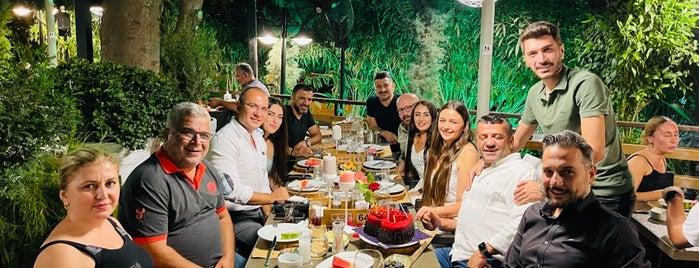 Vahap Usta Et Restaurant is one of En iyiler.
