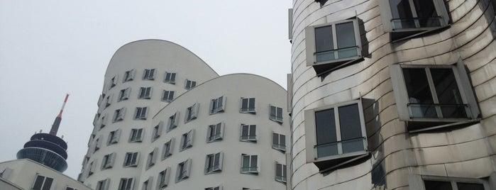 Gehry Bauten is one of 建築マップ ヨーロッパ.