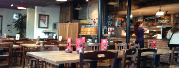Nando's is one of Gannon 님이 좋아한 장소.