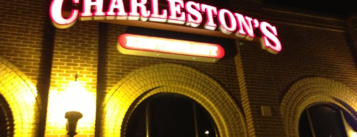 Charleston's Restaurant is one of Restaurantes em Oklahoma.