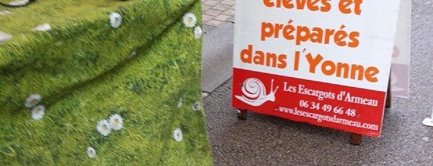 Marché de Toucy is one of Orte, die Наталья gefallen.