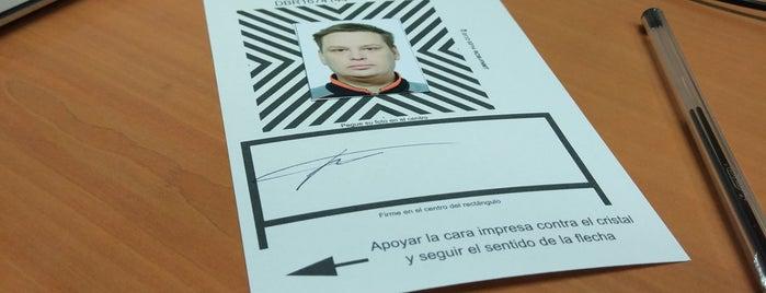 Ministerio del Interior - Oficina de Extranjeros de Madrid is one of สถานที่ที่ Miguel ถูกใจ.