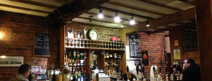 Harry's Bar is one of Great Pubs in and around Wakefield & Leeds.