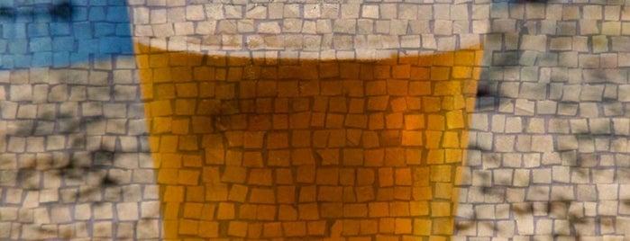 Overflow Brewing Company is one of Lugares favoritos de Ben.