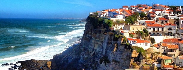 Azenhas do Mar is one of Katia 님이 좋아한 장소.