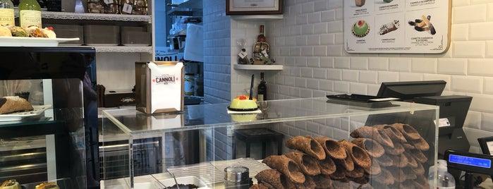 Cannoli & Co. is one of Orte, die Cria gefallen.