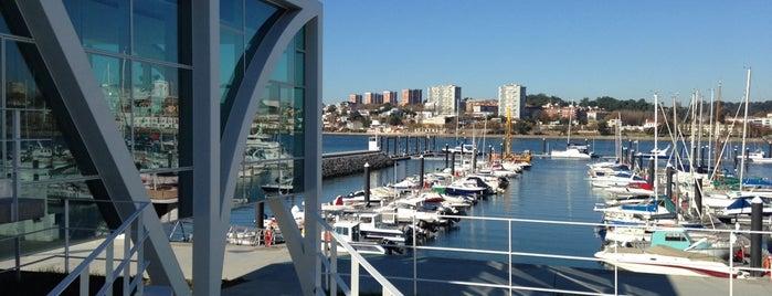 Kanpai Douro Marina is one of Orte, die Ana gefallen.