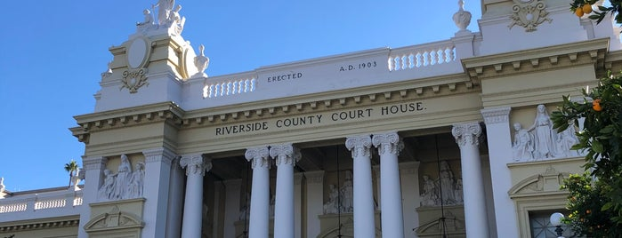 Historic Courthouse (Civil) is one of Ghost Walk Riverside.