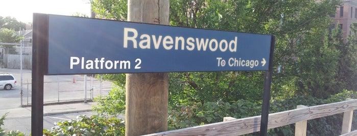 Metra - Ravenswood is one of Seanさんのお気に入りスポット.