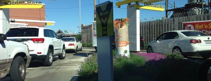 McDonald's is one of Lugares favoritos de subtitles.
