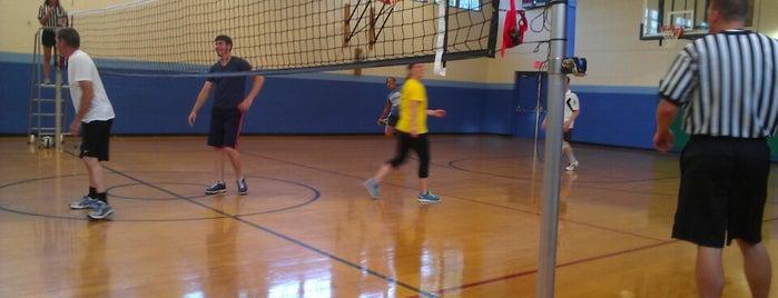 Deane Hill Recreation Center is one of Posti che sono piaciuti a Jason.