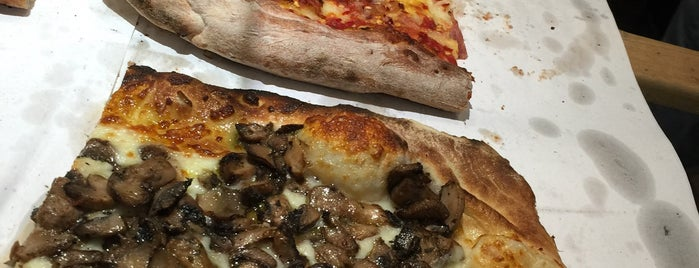 Nonna Gina Brick Oven Pizzeria is one of NYC Foodie.