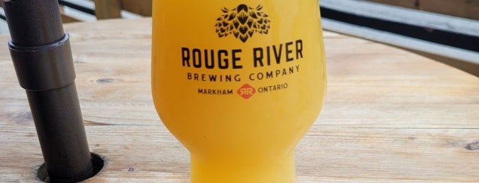 Rouge River Brewing Company is one of Danielさんのお気に入りスポット.