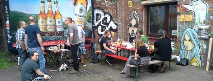 Piratenpartei Hamburg is one of สถานที่ที่ Sven ถูกใจ.