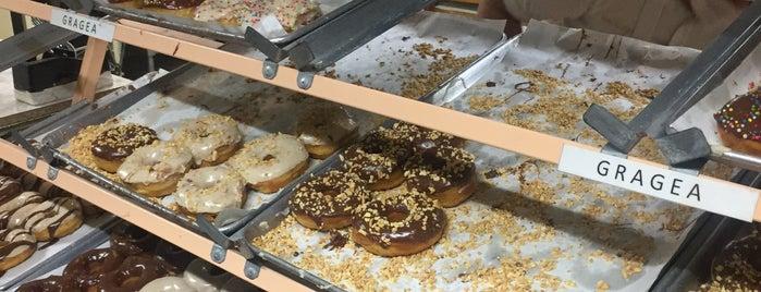 Panaderia Godinez is one of สถานที่ที่ Fernanda ถูกใจ.
