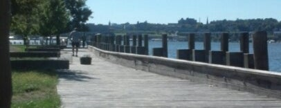 Long Dock Park Beacon is one of Beacon.