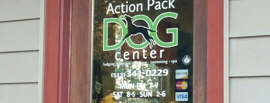 Action Pack Dog Center is one of Aleciaさんのお気に入りスポット.