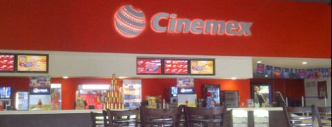 Cinemex is one of Lieux qui ont plu à Sonia.