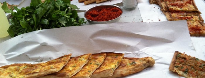 Haktanır Pide Fırını is one of İZMİR EATING AND DRINKING GUIDE.