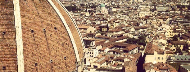 Cupola del Duomo di Firenze is one of Sashaさんのお気に入りスポット.
